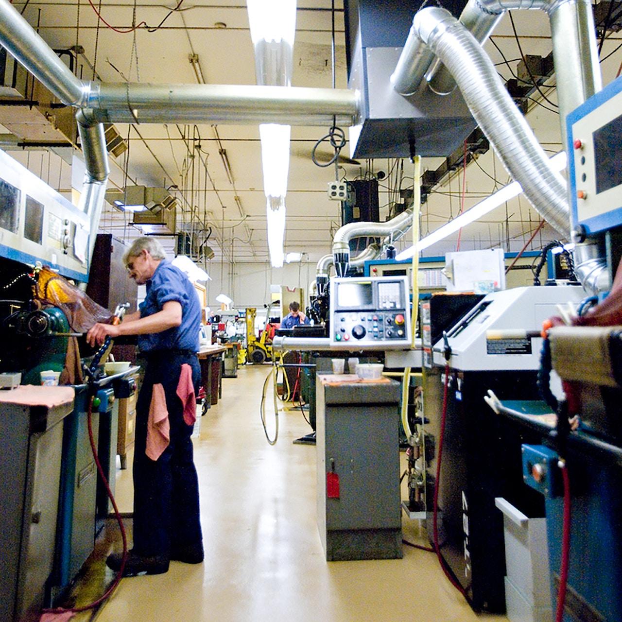 Manufacturing facility - custom manufacturing machinery