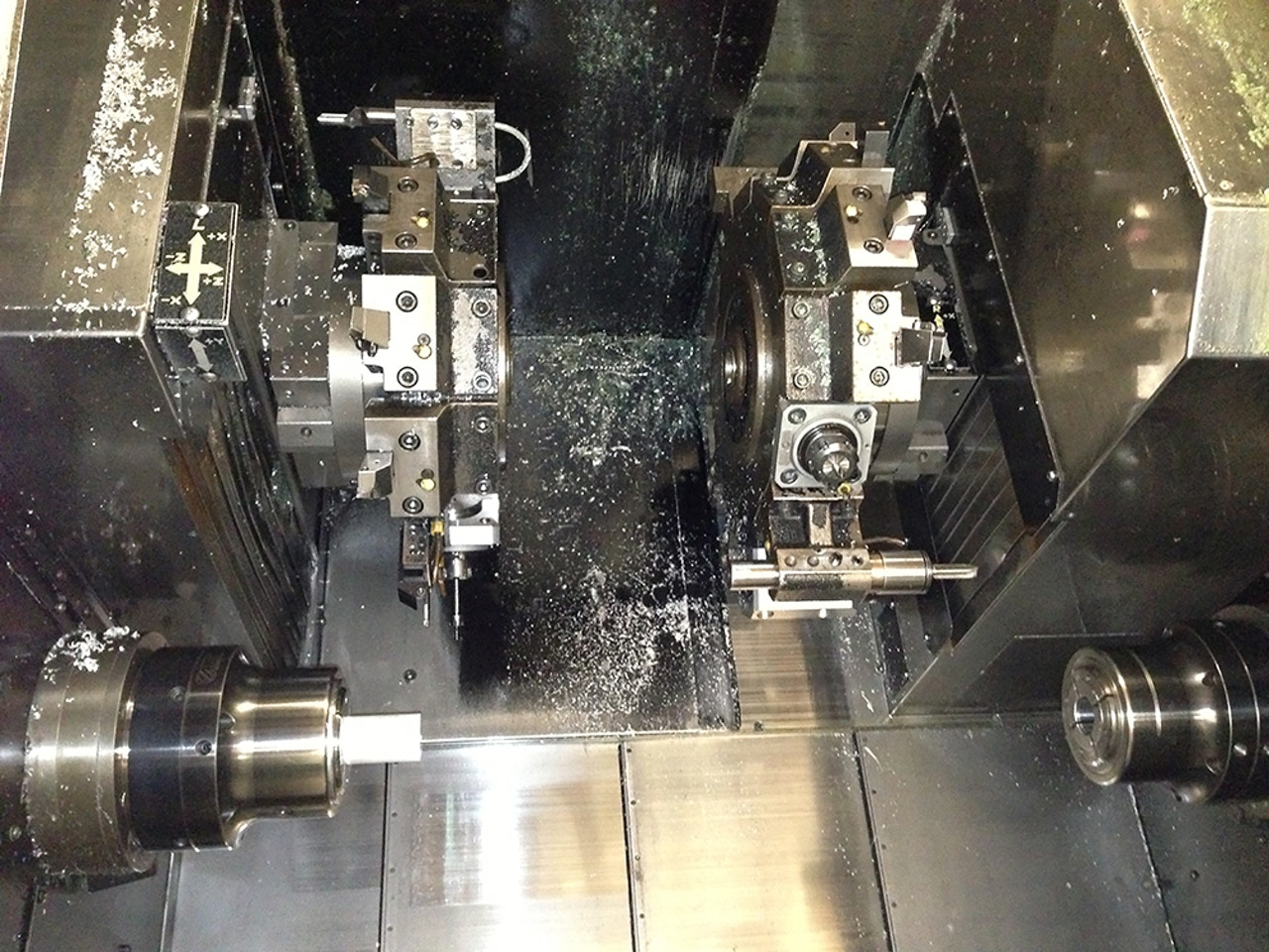 CNC machine for component manufacturing