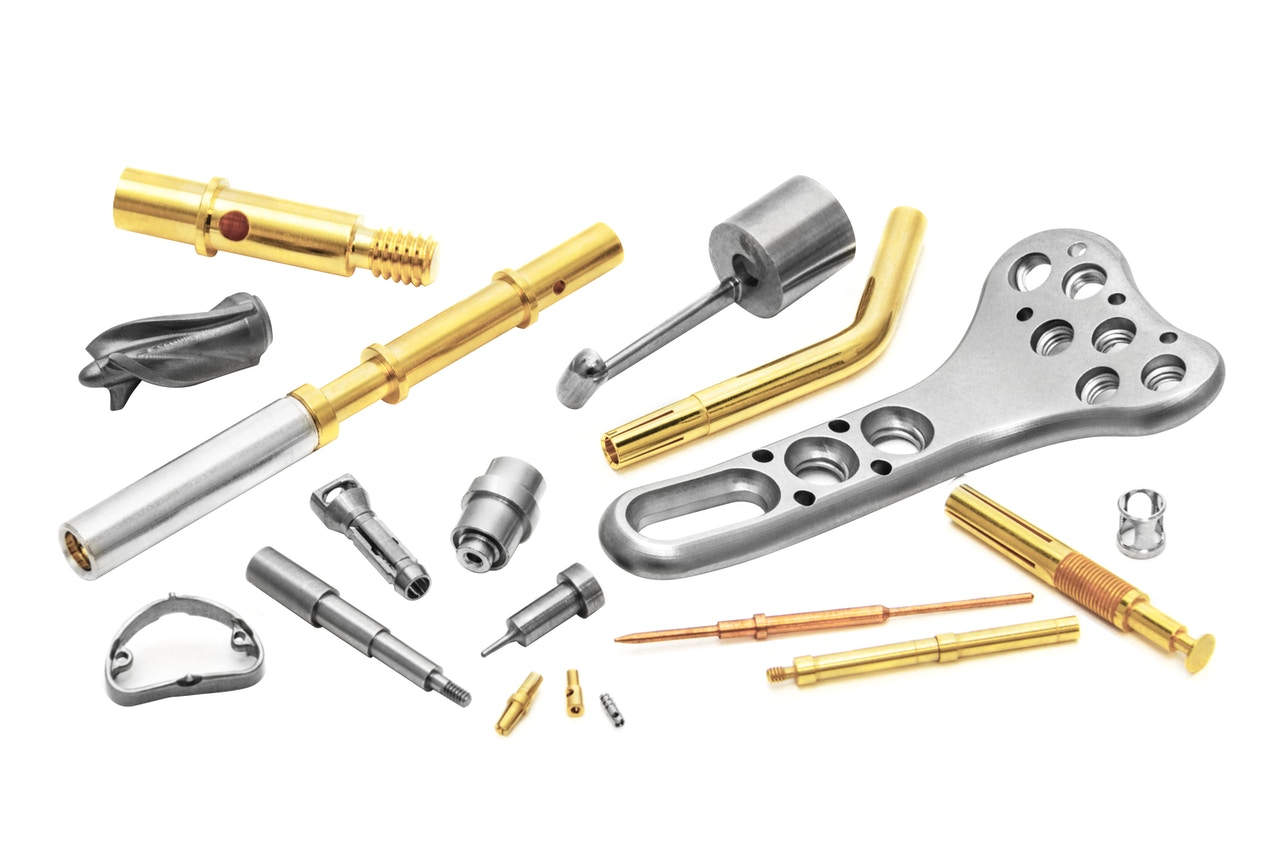 Precision-machined components manufacturing - Milling, drilling, threading, cutting