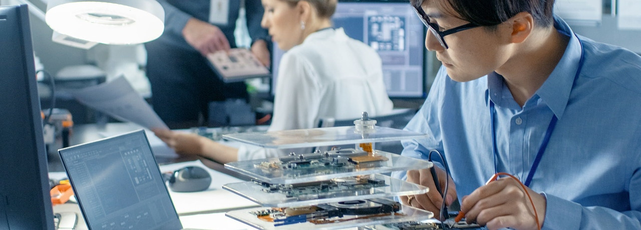Precision parts manufacturing - Electronic components