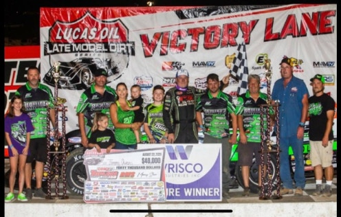 Race team victory